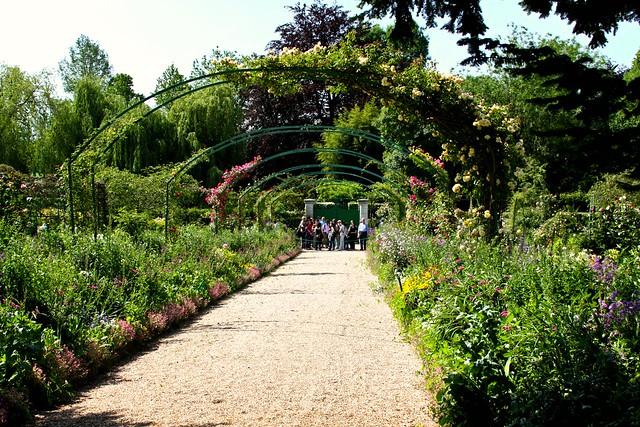 Giverny-Claude Monet's Garden & Home