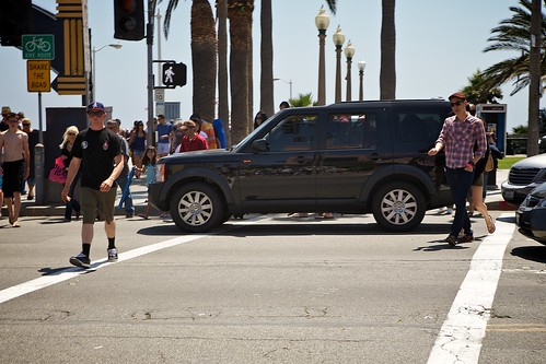 SUV With Dealer Plates Blocks High Traffic Cross Walk