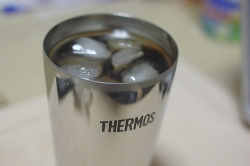 サーモスの真空断熱タンブラーがスゴすぎる!