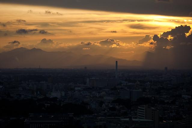 雲間の光線