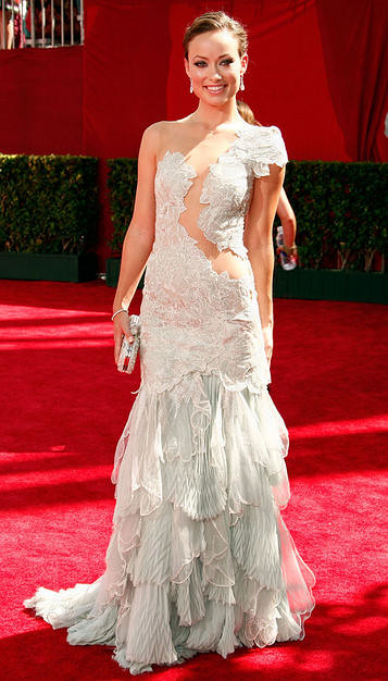 Actreess Olivia Wilde arrives at the 61st Primetime Emmy Awards