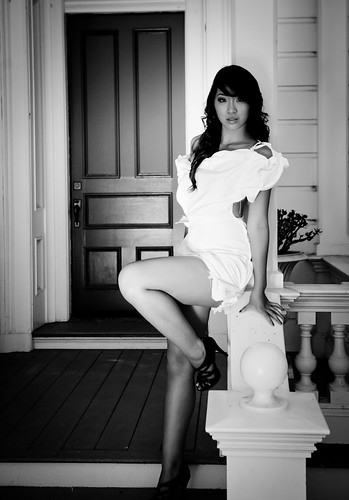 Recommend you Teen model white dress