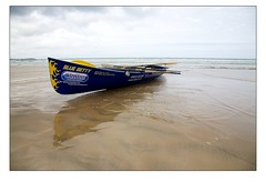 Surf Rowing at Watergate Bay - Blue Betty (Mark-Crossfield) Tags: pictures uk greatbritain blue sea england reflection beach race coast boat photo wooden sand watergatebay cornwall surf waves image photos sandy picture wave competition running images racing betty event lifeboat beaches watergate bowman 2010 sandybeach rowers bigwave bluebetty photosof picturesof surfboat nearnewquay imagesof surfrowing watergatebayhotel surfboatracing markcrossfield