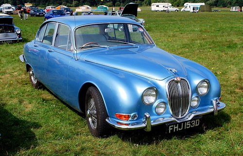 WOODVALE RALLY 2010 ~ JAGUAR 3.4 S.