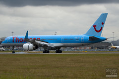 G-OOBC - 33098 - Thomson Airways - Boeing 757-28A - Luton - 100726 - Steven Gray - IMG_8017
