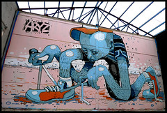 By ARYZ (MIXED MEDIA) (Thias (-)) Tags: barcelona terrain streetart wall painting graffiti spain mural mixedmedia spray urbanart painter graff aerosol bombing barcelone spraycanart cataluna pgc thias photograff aryz photograffcollectif