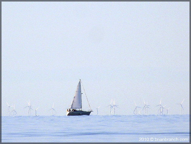 P1110494_sailboat_windmills