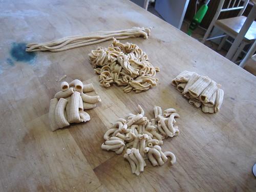making pasta 005