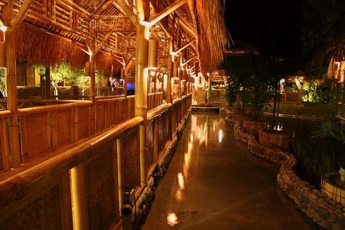 3 Restaurant Exterior