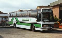 206, MJI 8660, Volvo B-10M, Plaxton Body C57F, 1985 (Seamarks) (t.1992) (Andy Reeve-Smith) Tags: luton seamarks volvob10m plaxtonbody