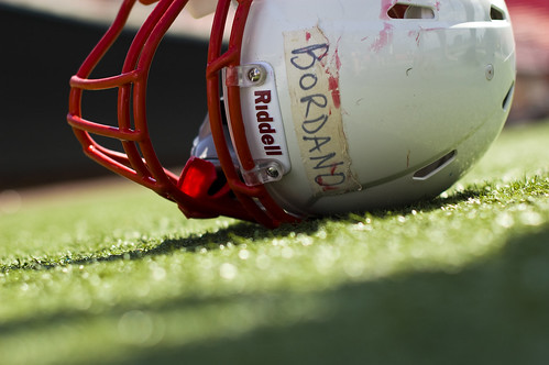 High School Head Injuries Blamed on Football Helmet Safety Standards 1