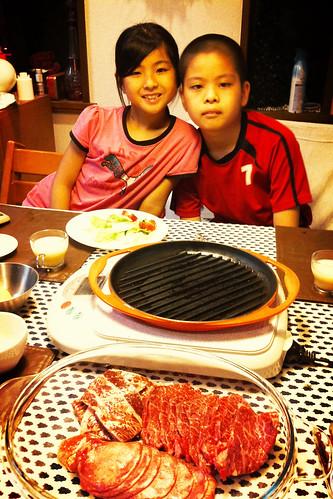 晩飯は自宅で焼肉。