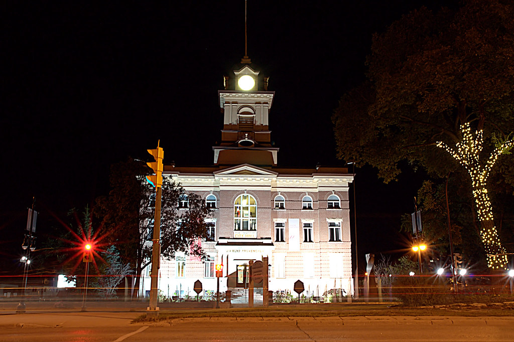 St B City Hall