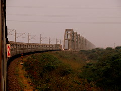 Entering the bridge .... (Jay fotografia) Tags: india indianrailways andhrapradesh godavari irfca coromandelexpress godavaribridge jayasankarmadhavadas