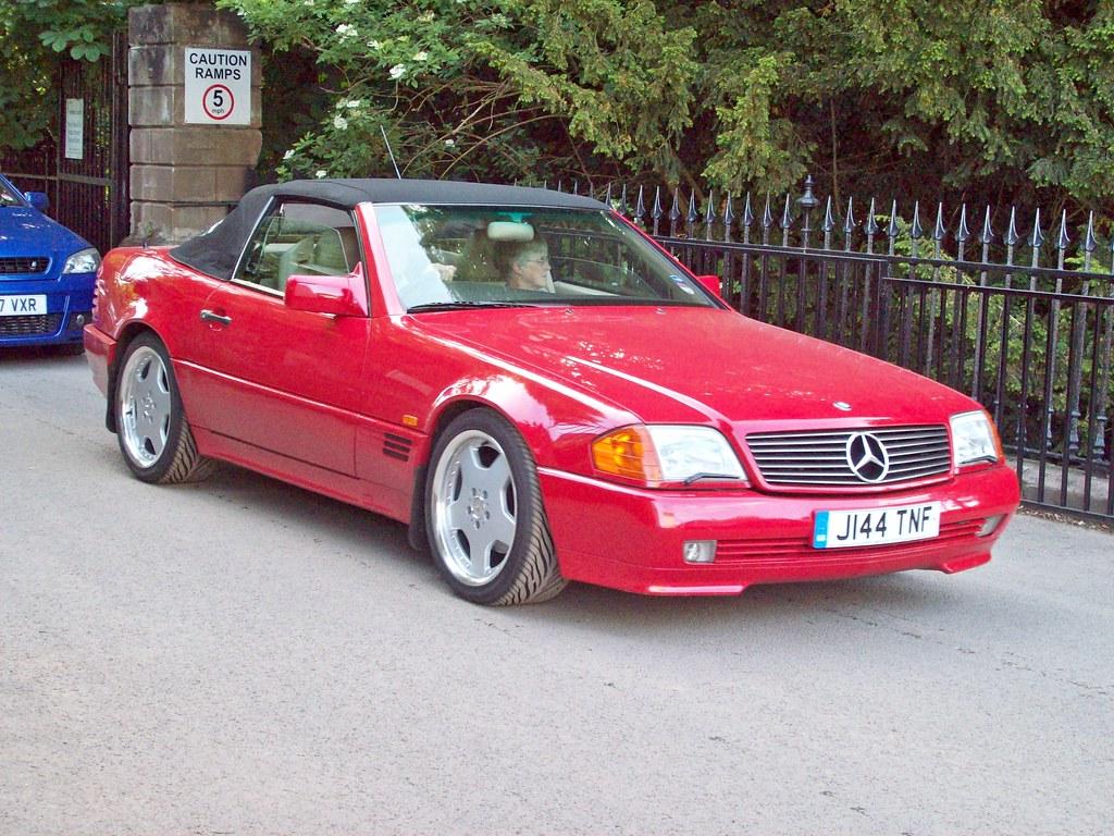 109 Mercedes SL300-24 (1990-93)