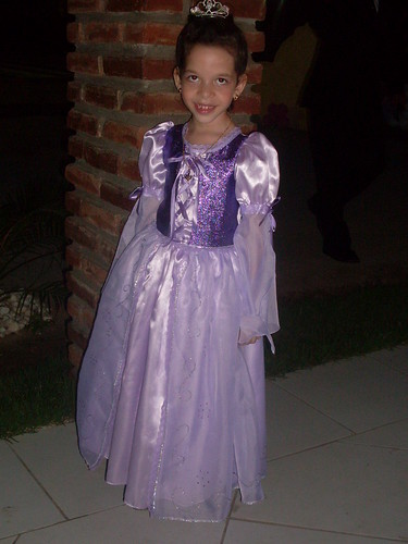 Fantasia Rapunzel (Enrolados - Disney)