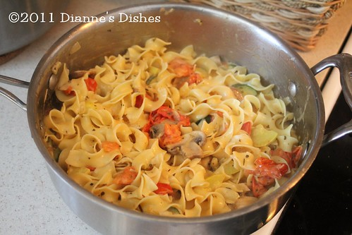 Creamy Egg Noodles With Veggies: Ready to Serve