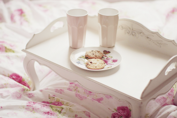 Interior's bed tray - Ikea cups - Zara home plate - Bellora duvet sheet