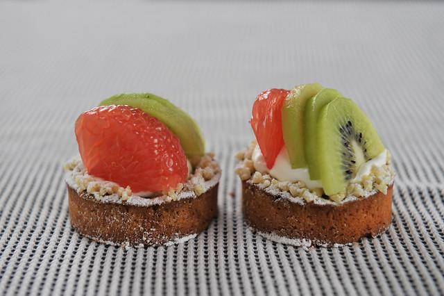 Grapefruit and Kiwi