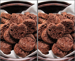 IMG_2014   (crosseye 3D) (yoshing_BT) Tags: stereophotography 3d crosseye crosseyed chocolate stereoview stereograph cioccolato   crossview suklaa  corsseye  corsseye3d