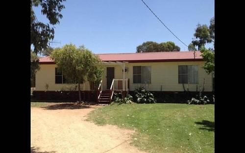 110 WATTLE CRESCENT, Narromine NSW 2821