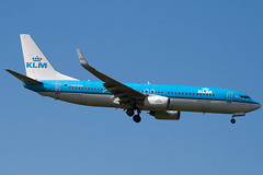 PH-BXB - 29132 - KLM - Royal Dutch Airlines - Boeing 737-8K2 - 100617 - Heathrow - Steven Gray - IMG_5279