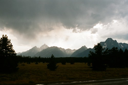 rlj_Mavis_YellowStone_MT_WY_20100626-017