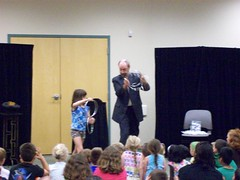 ys-srp-kick-off 009 (eg_library) Tags: magician summerreadingprogram eastgreenbushlibrary jimsnack