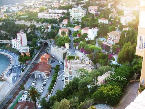 eze-le-village