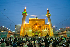 Pilgrims around the shrine of Imam Ali Bin Aby Taleb (A.S) in Najaf - IRAQ. (Hussain Isa) Tags: city vertical horizontal shrine iraq religion praying celebration baghdad spirituality oudoor najaf  ameer kilometer imamali        shiiteislam