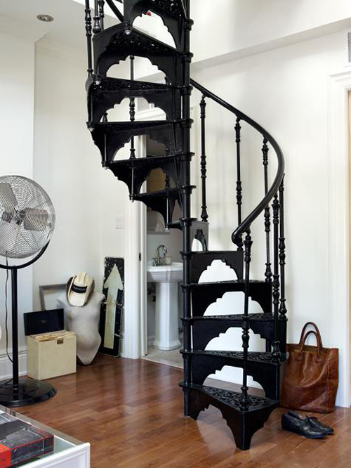 Magnificent Wrought Iron Spiral Staircase 500 x 666 · 196 kB · jpeg