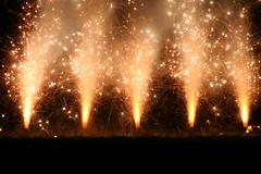 Sparkle (Lauren Dahlhauser) Tags: fab fireworks explosion sparkle independenceday