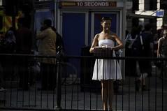_DSC0663 (walter romeo - videowal) Tags: street city uk portrait england woman london beauty closeup museum town donna women tate femme millennium londres donne londra ritratto ville femmes bellezza charme citt elegance appeal londre fascino eleganza