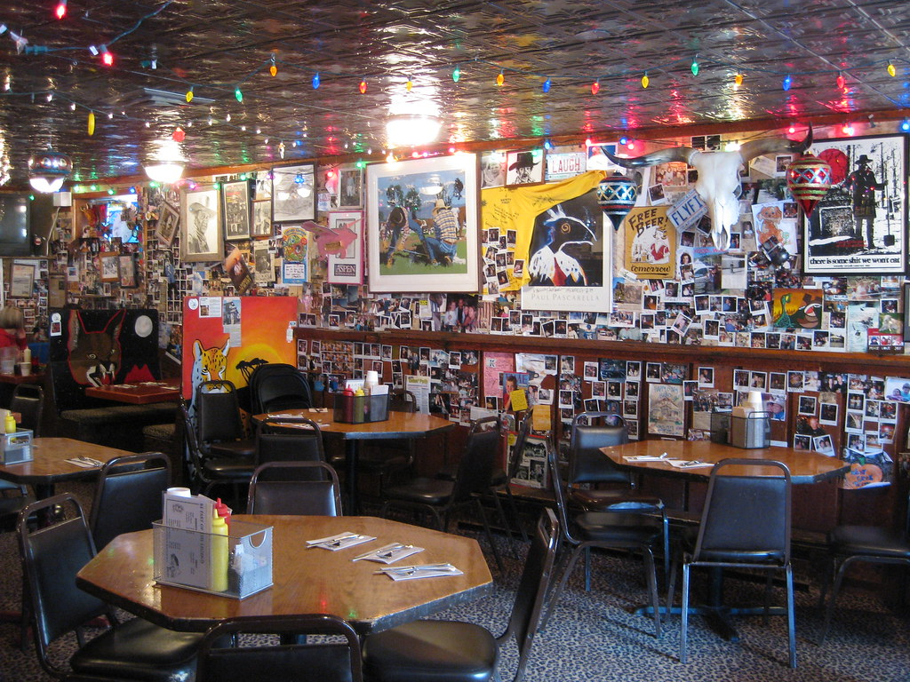 Woodys tavern