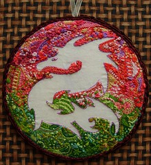 Dragon ornament (fatquarter (Annet)) Tags: dragon embroidery assisi cdornament stitchexplorer2009 visiblytalented organicembroidery