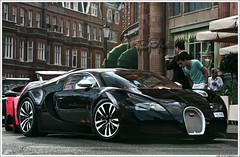 Bugatti Veyron Sang Noir *explored* (rubmifer) Tags: london car canon volkswagen is noir top awesome gear harrods knightsbridge explore 1d 200 page l 28 mm bugatti 70 sang f28 supercar ef fastest brutal mkii veyron 70200mm arabs hypercar