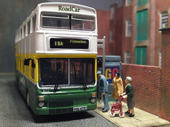 Lincolnshire Road Car, MK2 MCW Metrobus PIcks Up Passengers (Man of Yorkshire) Tags: bus corgi model lincolnshire lincoln mk2 doubledecker psv metrobus mcw ooc 15a fiskerton