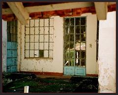 Vicentina Aranha.. (Paulo JS Ferraz) Tags: leica windows geotagged doors fuji steps balconies janelas portas sojosdoscampos degraus vicentinaaranha balces pjsf paulojossilvaferraz ajfac