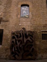 SB700013.jpg (Keith Levit) Tags: barcelona sculpture building brick art window wall architecture photography spain artwork fineart medieval spanish walls gothicquarter sculptures brickbuilding architectual dwelling gotic levit faade keithlevit keithlevitphotography