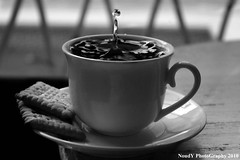 ( Anoud Abdullah AlHabib) Tags: light sun white black cup tea drop noudy|photography