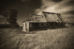 The old farm (Mighty Maik) Tags: old holland monochrome dutch landscape farm oude keizer maik boerderij verlaten