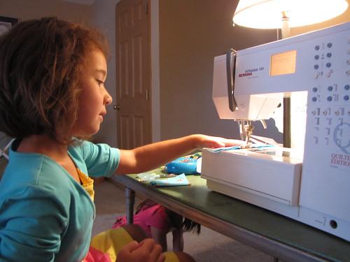 Sewing Sisters-1