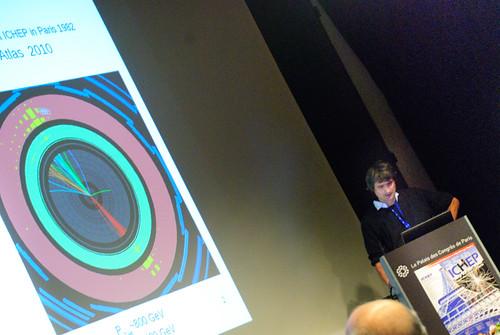Tancredi presenting jets from ATLAS