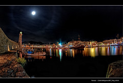 231/365 - HDR - Crete.Rethymno.Bill.Crop.@.1200x800 (Pawel Tomaszewicz) Tags: camera new city light shadow sea moon holiday fish streets eye water colors night canon dark lens island greek photography eos lights islands photo high long exposure foto view shot photos quality creative kreta hobby fisheye greece crete definition hq fotografia greekislands range hdr cyclades nocturno aparat pawel rethymno wakacje nocturn rethymnon  kriti architektura rethimnon grecja odpoczynek kyklades wyspa  retymnon 400d 1200x800 fotografowie polscy cyklady nokturn cyclady tomaszewicz