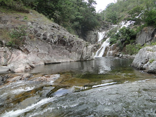 clamshell falls pool