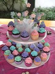 "Happy 4th B-day Isabella! (Sweet Carolina ""The Art of Cake"") Tags: wedding cookies cake brasil design cupcakes saopaulo casamento doces bolos lembrancinhas minibolos sweetcarolina"