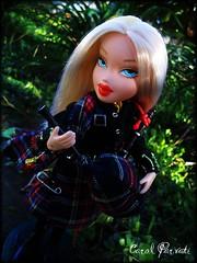 Bratz Runway Modelz - Nationalities (Scottish) Marielle (option 4/5) (Carol Parvati ) Tags: doll alice contest scottish pullip picnik bratz cloe marielle icandy candyz craziia bntm crazzia bndm carolparvati