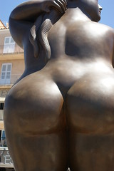 "St Tropez Big Butt Statue ""Femme debout"" (Rovers number 9) Tags: summer france bronze women harbour sony bottom july statues bum sttropez 2010 bigass bigbutt fernandobotero bumcrack bigarse sexybum a350 womansbottom minoltabeercan sonya350 minolta3570mmf4macro yahoo:yourpictures=sculptures shinybum yahoo:yourpictures=love shineybutt"