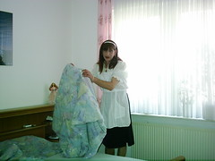 m070810 001 (cdhousewife) Tags: feminine apron sissy housewife crossdresser pinafore pinny tablier domesticated sissymaid sissymaidsapron