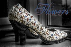 Flowers (michael_hamburg69) Tags: flowers germany deutschland shoes pattern hamburg absatz abstze schuhe muster schuh scarpa zapato chaussure ladysshoe blumenmuster tamaris hochhackig blmerant damenschuh geblmt bltenmuster